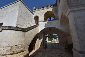 Masseria Altemura Hand Picked Puglia Wine Tours